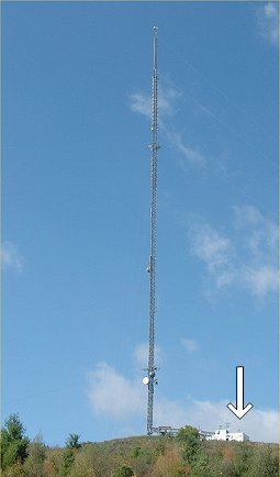 The VE3KSR site located at the CKCO-TV trasmitter site on Baden Hill